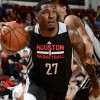 Tarik Black firma con los Houston Rockets
