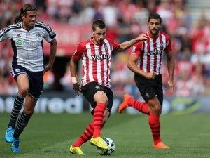 Morgan Schneiderlin durante un partido (SAINTS FC)